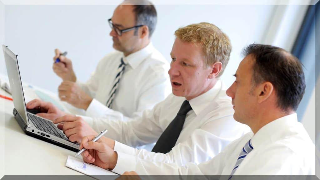 Personalberatung Pflege Berufe Management Branche Headhunter Personalvermittlung